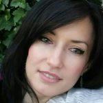 Ionela Hrelea - Rumana - Internet Marketer, Empresaria
